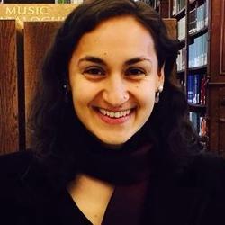 Dr Luna  Sabastian